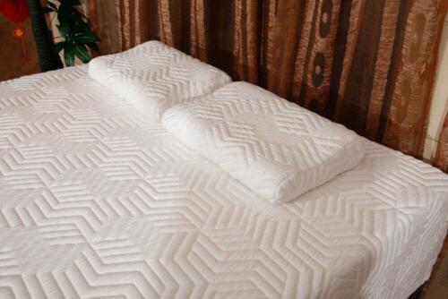 Hot COOL MEDIUM-FIRM Memory Foam Mattress Bed with 2 Free
